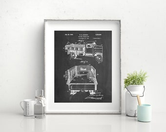 Army Troops Transport Truck Patent Poster, Vintage Army, World War 2, Army Decor, Military Gift, PP0059