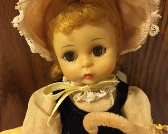 Sweet vintage Madame Alexander Little Bo Peep/ All original