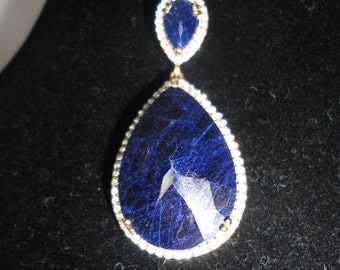 Flawless 27 Carats Blue Sapphire Pendant*******.
