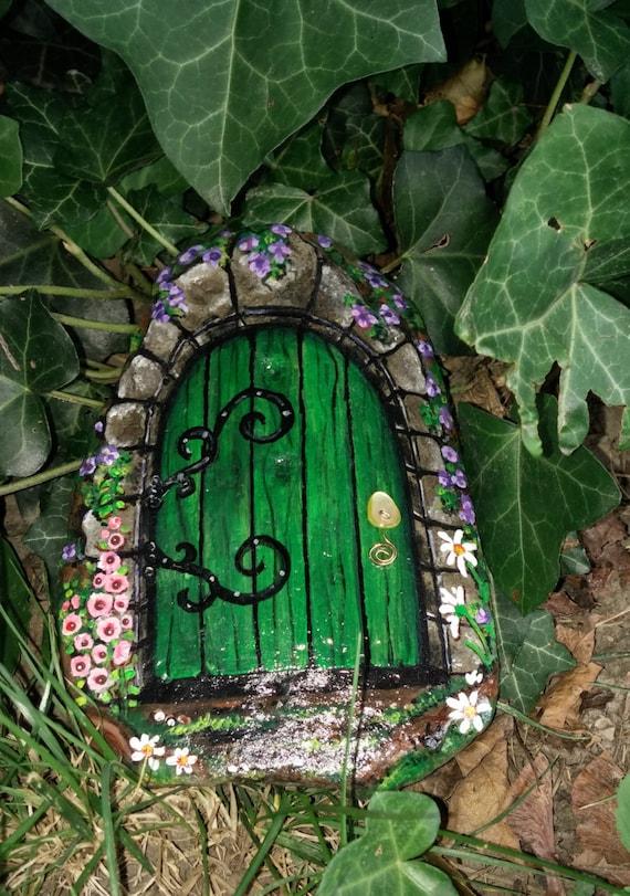 Fairy door hand painted rock decorative fairy door fairy for Painted fairy doors