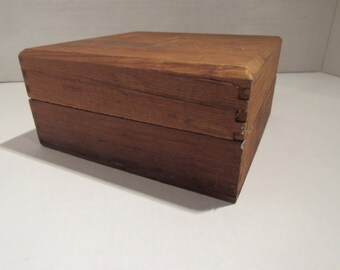 Vintage Wooden Box Storage Box Dovetail Edge Primitive Wood Box With Lid Recipe Box Stash Box