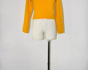marigold knit crop top / 90s cropped sweater / vintage mohair jumper / yellow midriff pullover