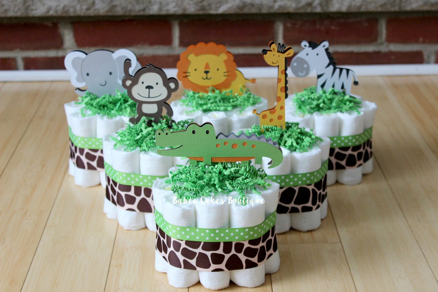 Mini jungle diaper cakes set of 6 safari baby shower baby for Baby shower safari decoration