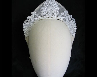 Pointed White Lace and Ivory Medieval Renaissance Crown Wedding Fascinator Bridal Headpiece Tiara Headband One Size