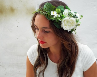 White flower crown, Rustic wedding hair accessories, Bridal headpiece, Floral headband, Ivory bridal hair wreath