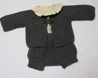 Patrón para chaqueta y cubre en punto de arroz. Talla 3-6 meses