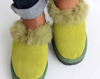 Women Slippers, Green Fur Slippers, Womens Slippers, Handmade Slippers, Leather Slippers, House Slippers, Warm Slippers