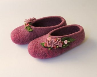 Girl's pink felted slippers Home shoes