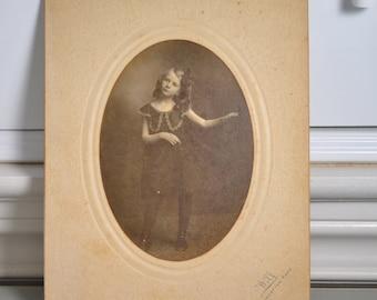 Cabinet Card Vintage Photo Victorian Portrait of Girl Dancing