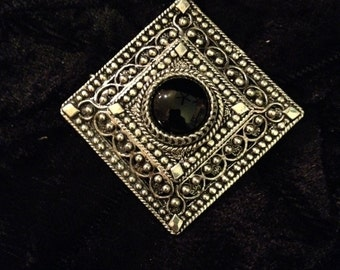 Vintage Renaissance Style Sterling Silver Filigreed and Onyx Brooch