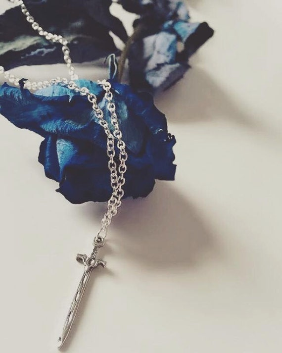 Throne Of Glass Celaena Sardothien Inspired Sword Necklace