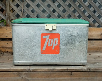 Original 1950s 7UP Picnic Camping Cooler, Ice Chest, Aluminum with Padded Vinyl Top - Cronstroms cooler - Seven Up Ice Chest Padded Top