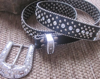 Size  medium Crystal clear rhinestone and silver stud  black genuine leather snap belt and buckle attachments