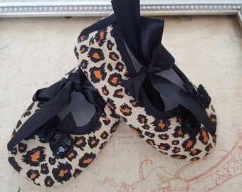 Animal Print Crib Shoes, Leopard Print Baby Shoes,  Baby Crib Shoes, Gray Baby Shoes, Baby Crib Shoes