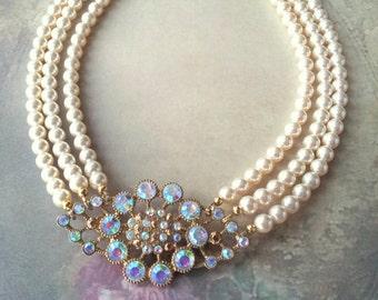Vintage crystal brooch bridal pearl choker, Cream pearl multistrand wedding choker necklace with Swarovski pearls, Recycled brooch jewellery