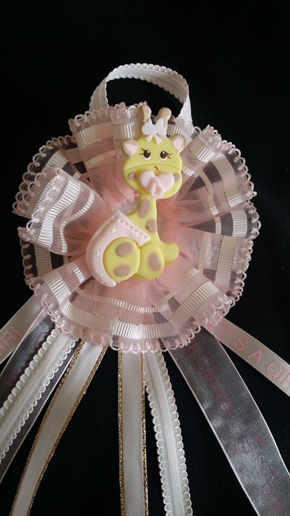 mom to be corsage baby shower corsage mom to be badge baby giraffe