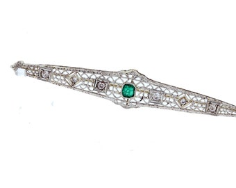 14K White Gold Filigree Brooch with Emerald and Diamonds