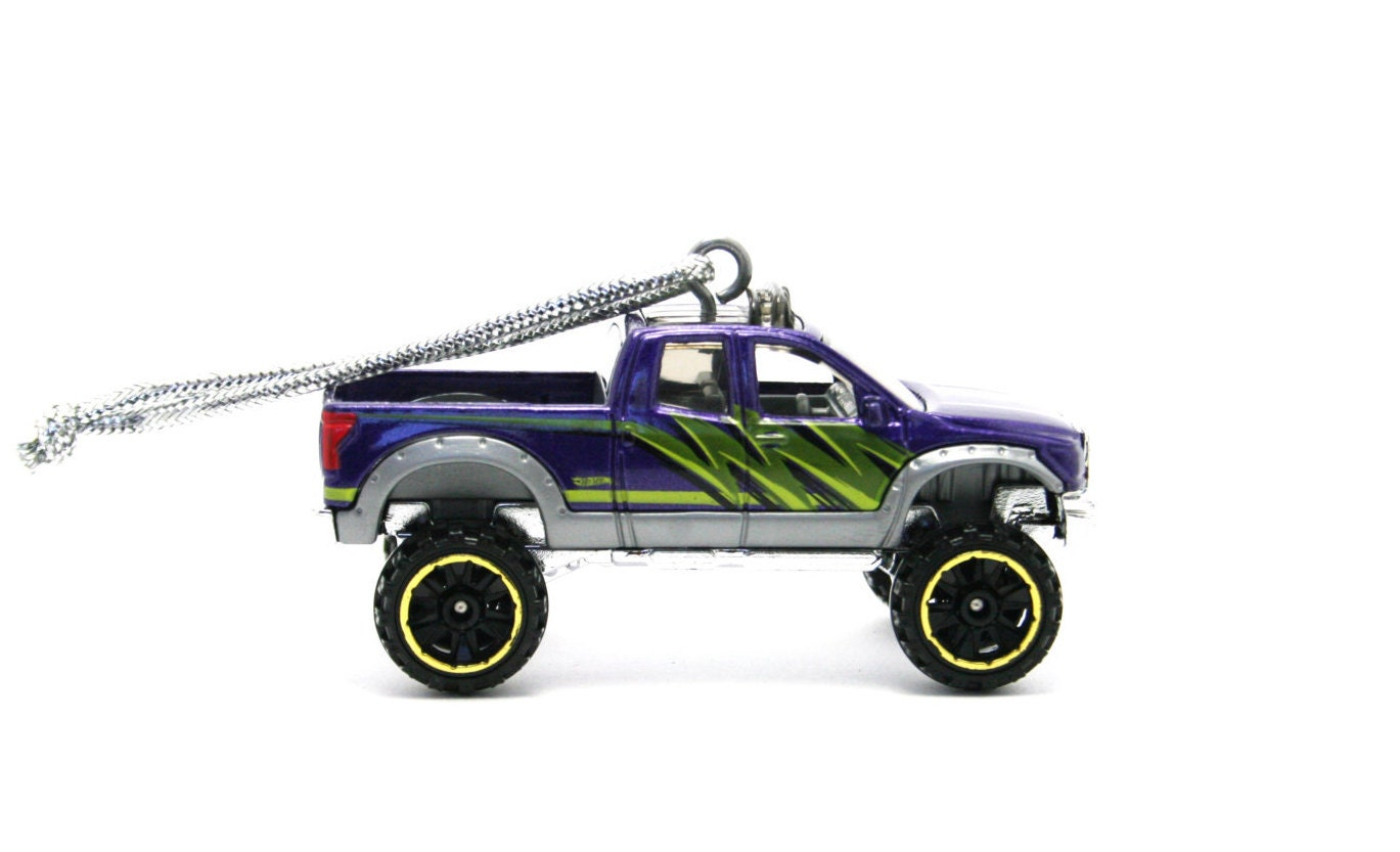 toyota tundra truck hot wheels ornament. Black Bedroom Furniture Sets. Home Design Ideas