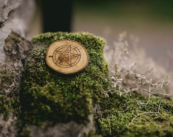 Hand Made Wooden Pagan Wicca Pentacle Pentagram Wood Burning