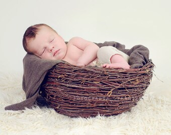 newborn nest, large newborn nest, newborn prop, photography prop