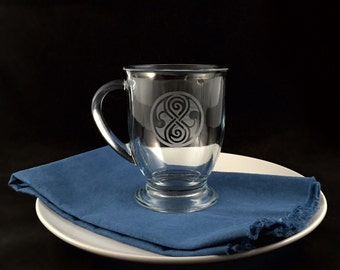 Hand-etched Glass Cafe Mug (Seal of Rassilon)