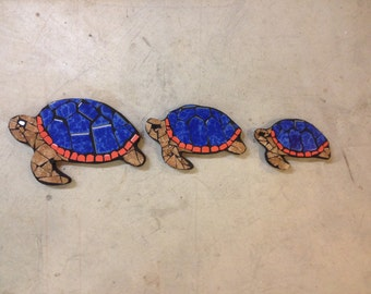 Turtle, turtle crossing, mosaic turtles, pool decor, mosaic garden art, Outdoor statues, mosaic sculpture
