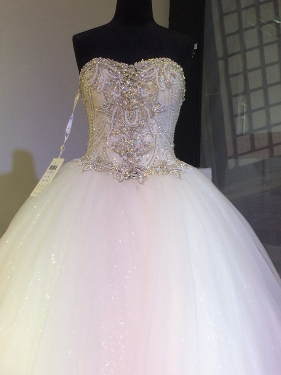 Items Similar To Charming Design Top Crystal Luxury Wedding Dress Cathedral Train Bridal Gown
