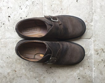 vintage timberland shoes, brown, waterproof, leather, 7.5 M, outerwear, trekking, boots, outdoors, half shoes, flat, buckle, walking shoes