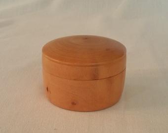 Dogwood lidded box