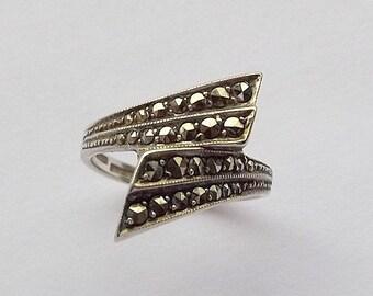 Silver & Marcasite Ring | UK size K 1/2 ~ US size 5 1/2