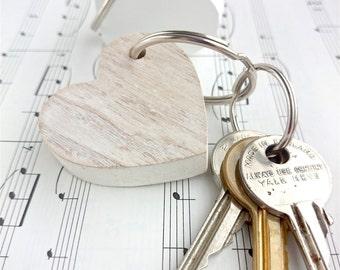 Wooden Heart Keyring. Shabby Chic, chunky wooden keyring.