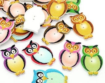 Wooden Assorted Colour Owls Design Sewing Buttons. 3.2cm x 2cm. Ideal for Sewing, Scrapbook and Crafts
