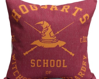 Linen Cushion Cover - Hogwarts School of Witchcraft and Wizardry | Harry Potter