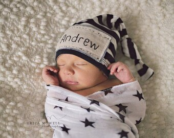 Newborn personalized hat, hand embroidered, beanie knot hat. Coming home outfit. Name hat, newborn photography, knots and polka dots, baby