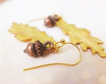 Acorn Earrings, Oak Leaf Earrings, Gold Leaf Earrings, Fall Wedding Earrings, Woodland Earrings, Rustic Wedding Jewelry, Autumn Earrings
