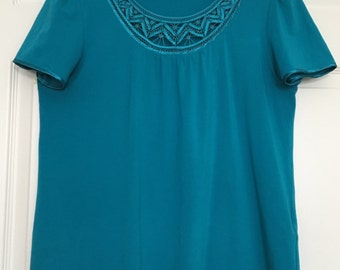 Turquoise T-shirt hand made lace neck short sleeves top loose fit  jersey fabric plus size petite