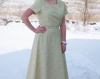 Vintage 1940s-Style Handmade Dress / Misses' Vintage-Style Dress / Draped / WWII / Retro / Vintage / Size L