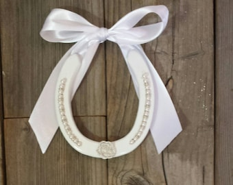 WEDDING Horseshoes, Western Weddings, Barn Weddings, Horseshoe Wedding, Wedding Gifts, Gift Ideas, Country Bride, Horseshoe Wedding Presents