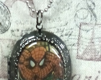 Spider-man Head Comic Book  Necklace