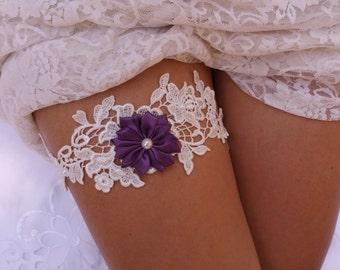 SALE- Lace wedding garter, Wedding garter, Lace garter, Bridal garter, White garter, Ivory garter, Crochet garter, Garter set, Flower Garter