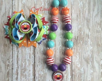 Elmo chunky necklace stacked bow set