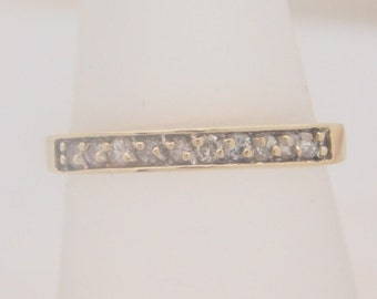 0.25 Carat T.W. Ladies Round Cut Diamond Band 14K Yellow Gold Ring