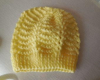 BONNET - lovely lace pattern - baby that can be set with the jacket and slippers