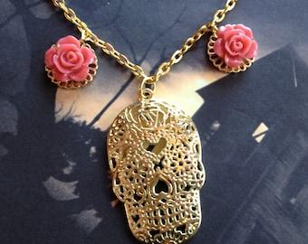 Sugar Skull Pendant/Necklace, Skull Necklace, Halloween Jewelry, Halloween Pendant, Halloween Jewelry