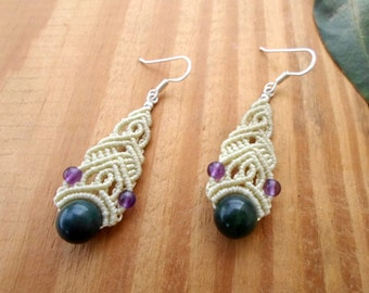 Moss agate macrame earrings, boho jewelry, beaded earrings, micro macrame, gemstone earrings, macrame jewelry, hippie earrings, macrame