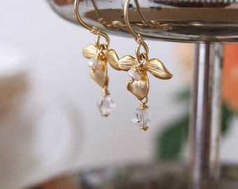 Matte Gold Pearl and Flower Earrings (Small)