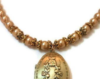 Gold Locket Necklace - Vintage Locket Necklace - Vintage Locket - Locket Necklace - Vintage Gold Necklace - Vintage Pearl Necklace - Locket