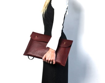 Leather Clutch Large the O-Series