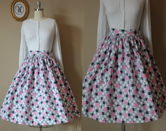 Vintag 1950s ~ 50s Pink Dot Retro Novelty Skirt