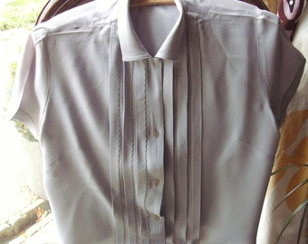 "1950's BERNELLA+ label-Qual.v.pretty,lilacy-grey thick""crepe""-style material ladies blouse+pleated/hand-stitched front-ONE owner.EXCELLENT."